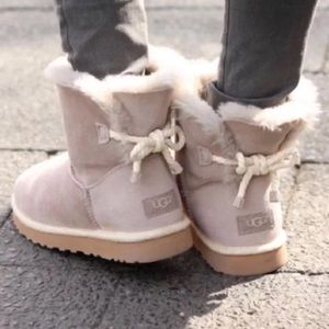 🆕 Authentic UGG gray rope bow boots- size 7